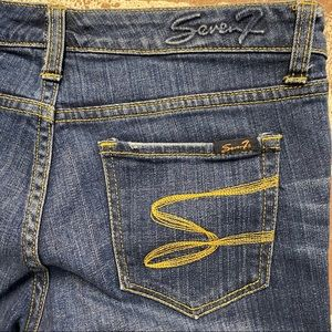 SEVEN7 Whiskered Cropped Jeans - Sz 6